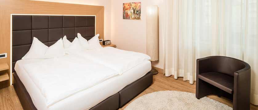 Hotel Meranerhof, Merano, Italy - suite.jpg